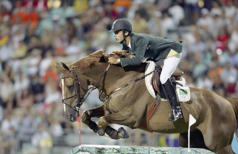 BALOUBET DU ROUET et Rodrigo Pessoa médaillés d'or aux Jeux Olympiques d'Athènes (photo (c) Hippofoto)
